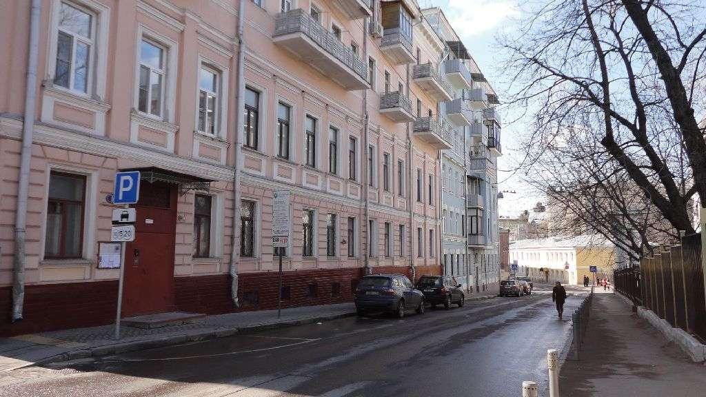 http://pict.realto.ru/_images/guid/97845E56-DA28-4C6C-BF14-14E2CC22B2BB_0.jpg